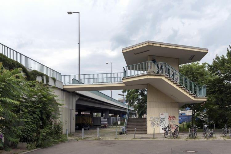 Autobah Treppenanlage Jakob Kaiser Platz 2017 Erik Jan Ouwerkerk Bild2 web 1 e1508236385256