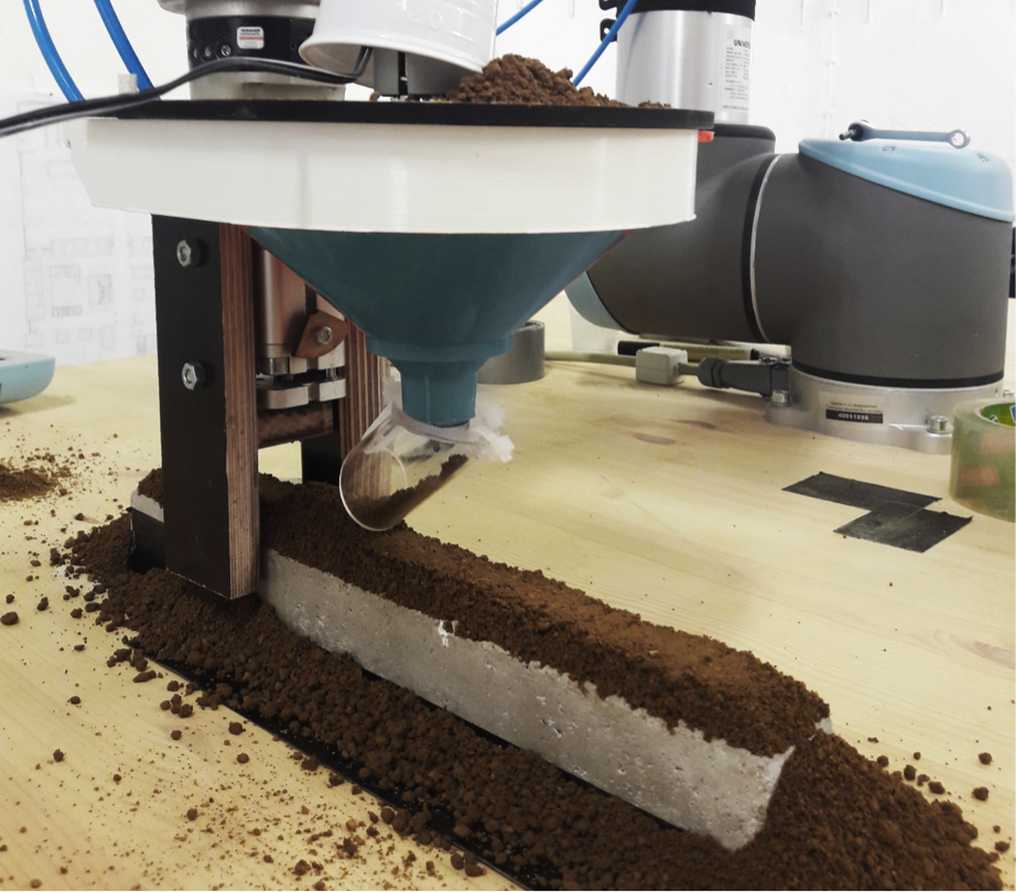 Abb 3 Slinding Earth Tamper Robotisch gefuhrter Stampfkopf Joshua Gosslar 2017